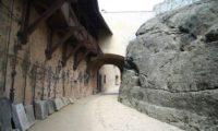 Замок Локет, внутренняя улица