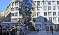Прага, памятник Кафки