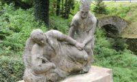 В парке возле замка Штернберг