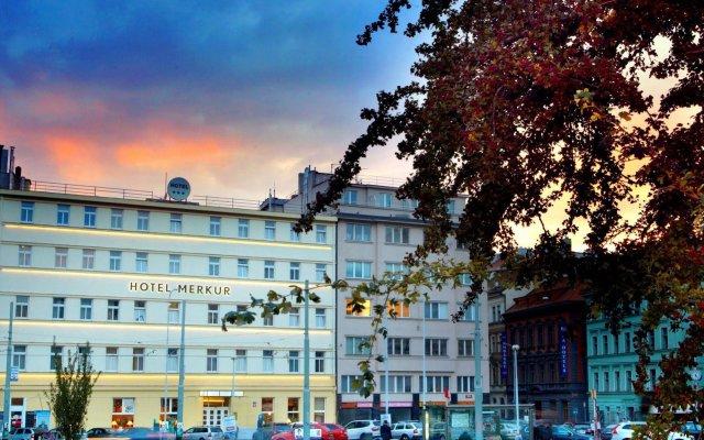 Отель Merkur 3* в Праге