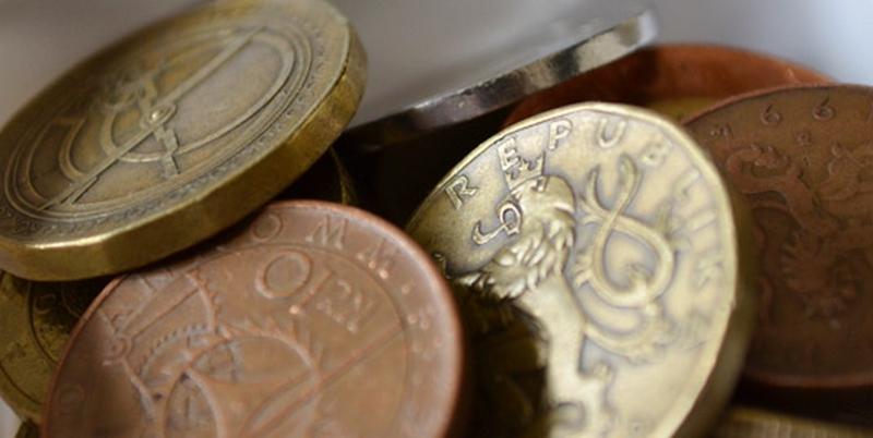 Сувениры из Праги: памятные монеты