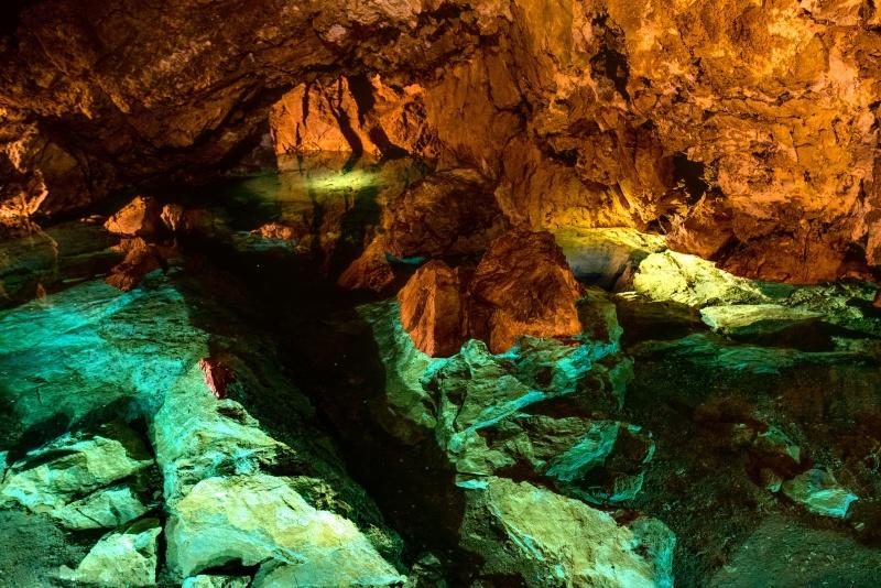 Заповедник Чешский Рай, Божковские пещеры