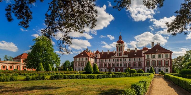 Замок в Мнихово-Градиште, заповедник Чешский Рай