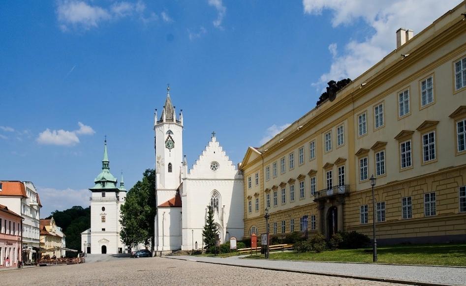 Костел Воздвижения св. Креста в Теплице, Чехия