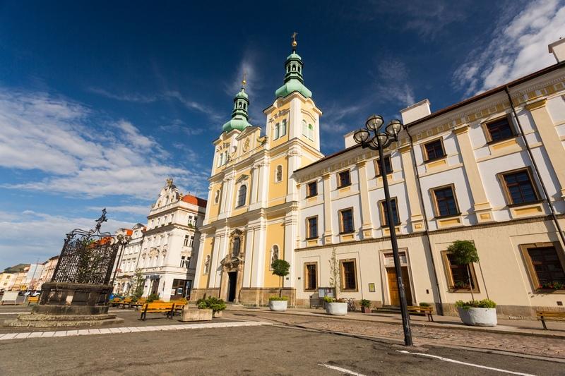 Костел Успения Девы Марии, Градец Карлове, Чехия