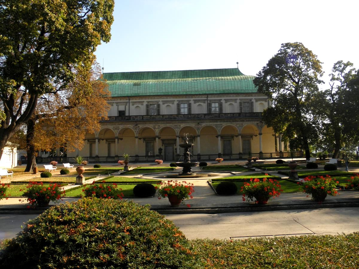 Летний дворец королевы Анны