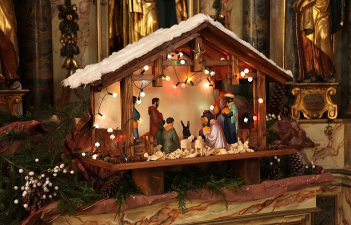 Механический рождественский вертеп