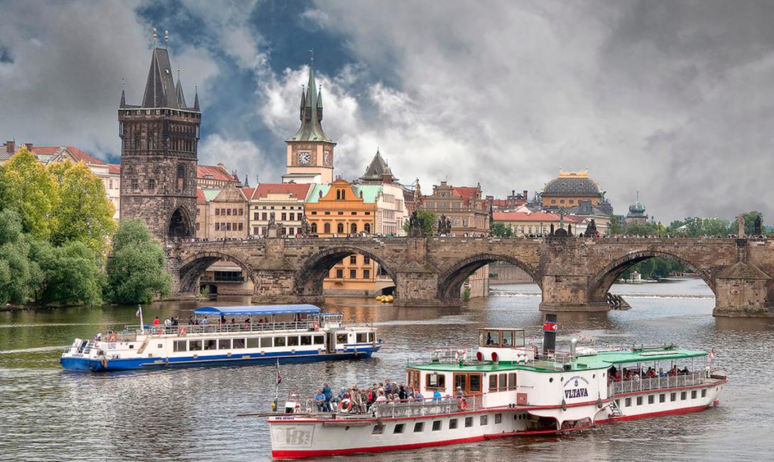 Экскурсии по Влтаве в Праге